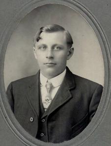 Grampa Richard Knihtila 001