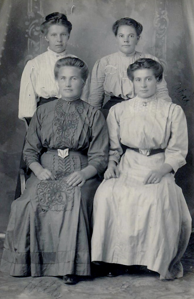 Grandma K with mother an 2 sisters 001